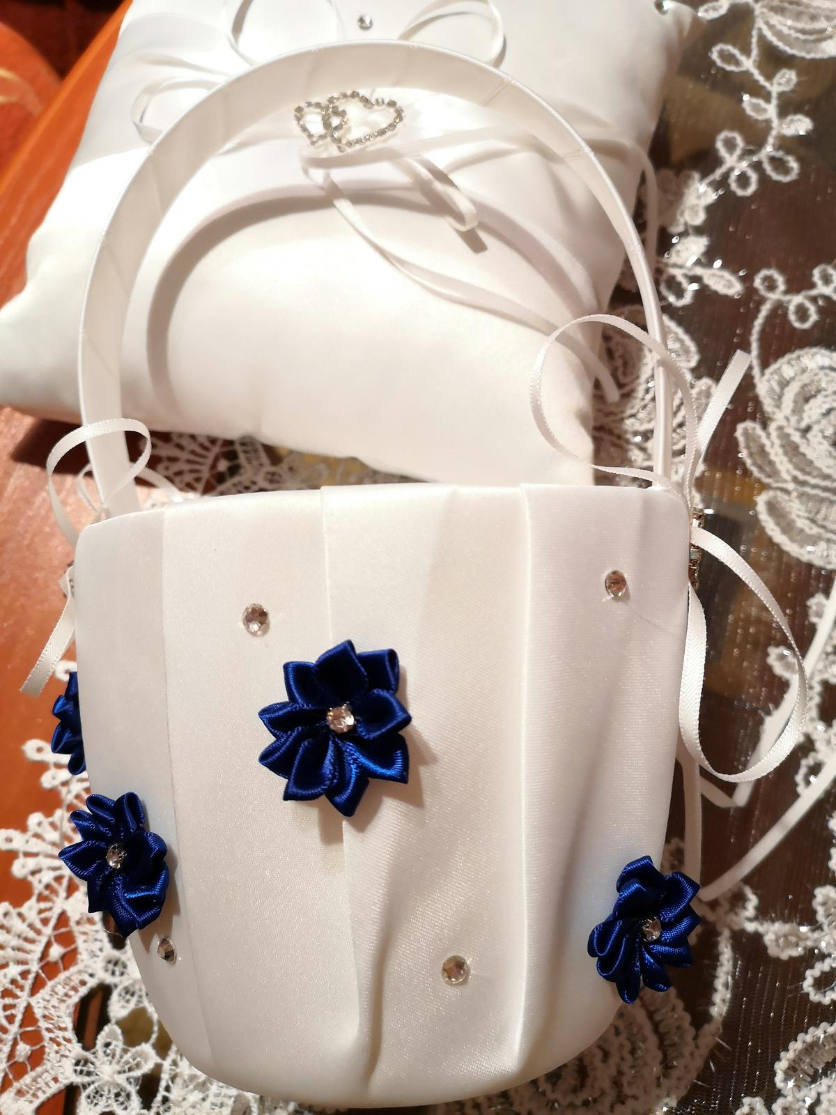 Košik na lupienky bielo  kráľovský -modry - Obrázok č. 1