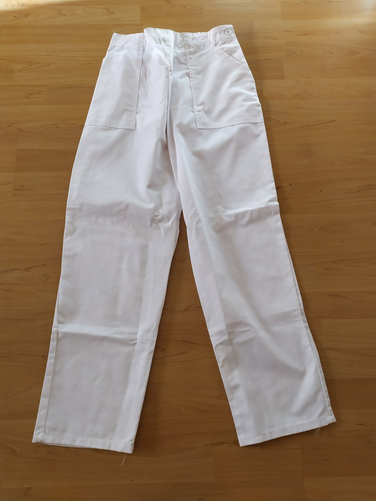 biele pracovné nohavice - Obrázok č. 1