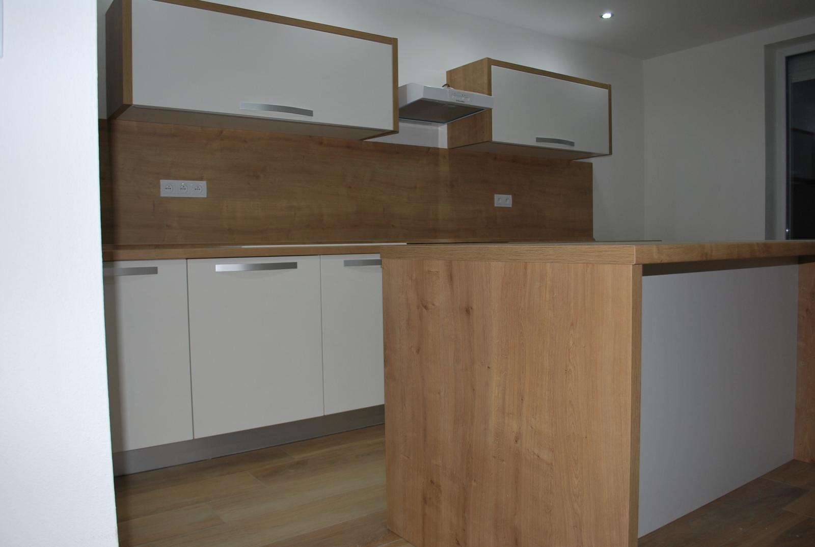 Kuchyne - Kuchyňa dub arlington / biela perlička