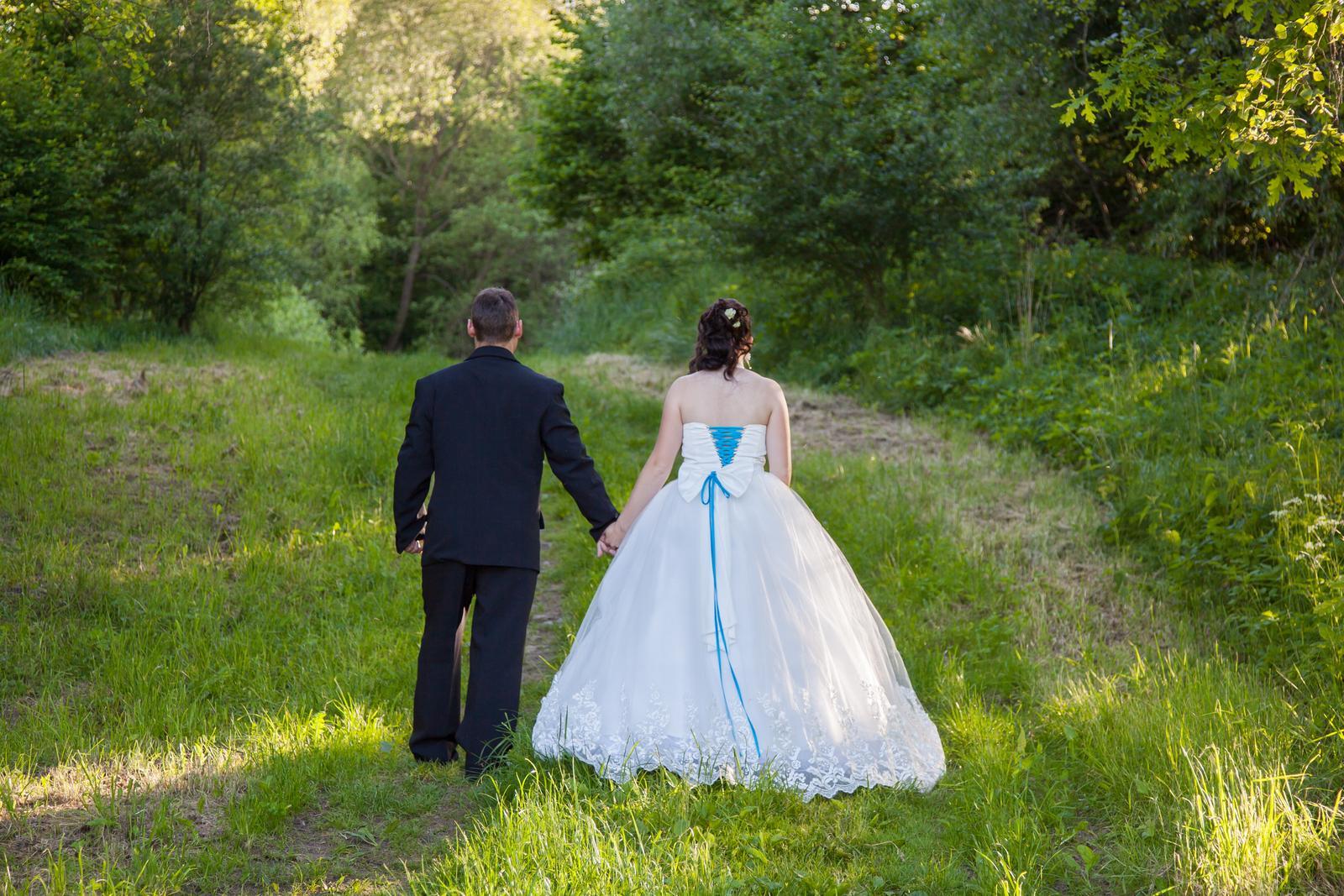 Hajuška{{_AND_}}Roman Lesní svatba - Obrázek č. 201