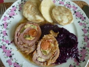 dnes k obědu -vepřová roláda