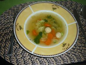zeleninová s drožďovými knedlíčky