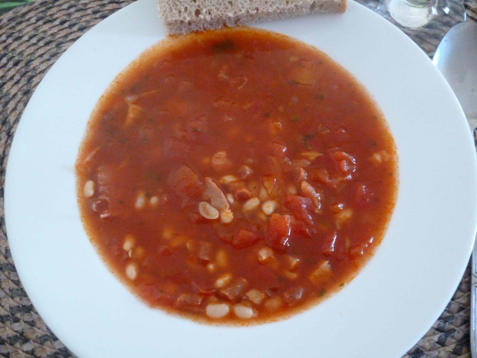Což dát si něco k snědku - podzimní hřejivá fazolačka -jedla jsem ji prvně