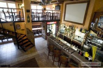 restaurace a music bar Waikiki