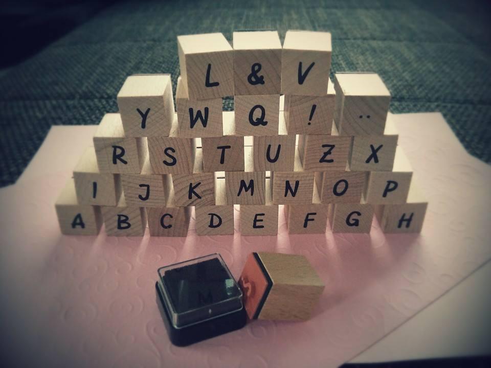 ♫ Keď sa sny plnia. . . ♫♪ - pečiatková abeceda...a môžem sa s ňou začať učiť písať :D