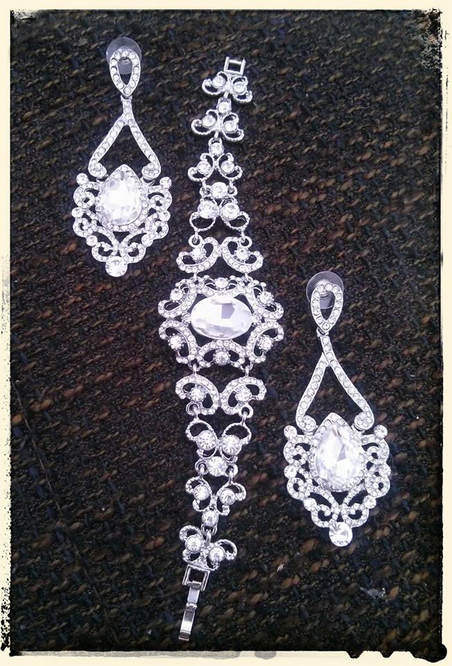 ♫ Keď sa sny plnia. . . ♫♪ - nádherné šperky sú už domka :)