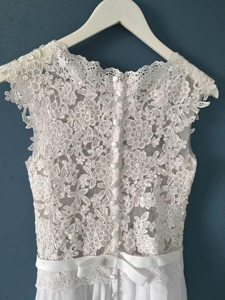 Čipkované svadobné šaty (nové) - Obrázok č. 3