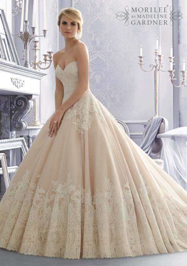 0013461744ce Ako skrátiť krajkové svadobné šaty  - - Svadobné ...