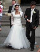 Lahucke svadobne saty, 38