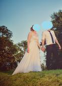 Jednoduché šaty na přírodní svatbu, 40