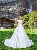 Svadobné šaty - Model 1044, 38