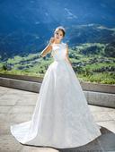 Svadobné šaty - Model 1055, 38