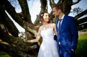 Retro svatební šaty s puntíkatým živůtkem, 36