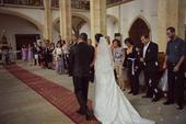 Jednoduché svatební šaty s vlečkou, 36