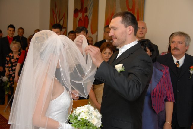 A&D{{_AND_}}náš svadobný deň - je to tá pravá pod závojom?