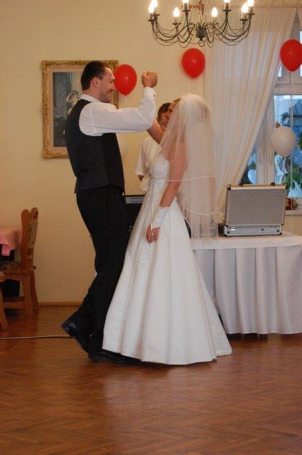 A&D{{_AND_}}náš svadobný deň - prvý tanec valčík