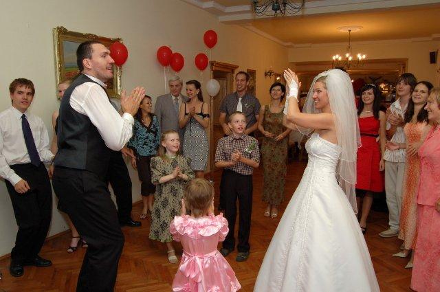 A&D{{_AND_}}náš svadobný deň - aj  najmenší tanečníci sa vyšantili