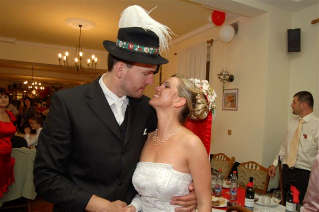 A&D{{_AND_}}náš svadobný deň - pán a pani