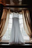 Těhotenské svatební šaty, 36