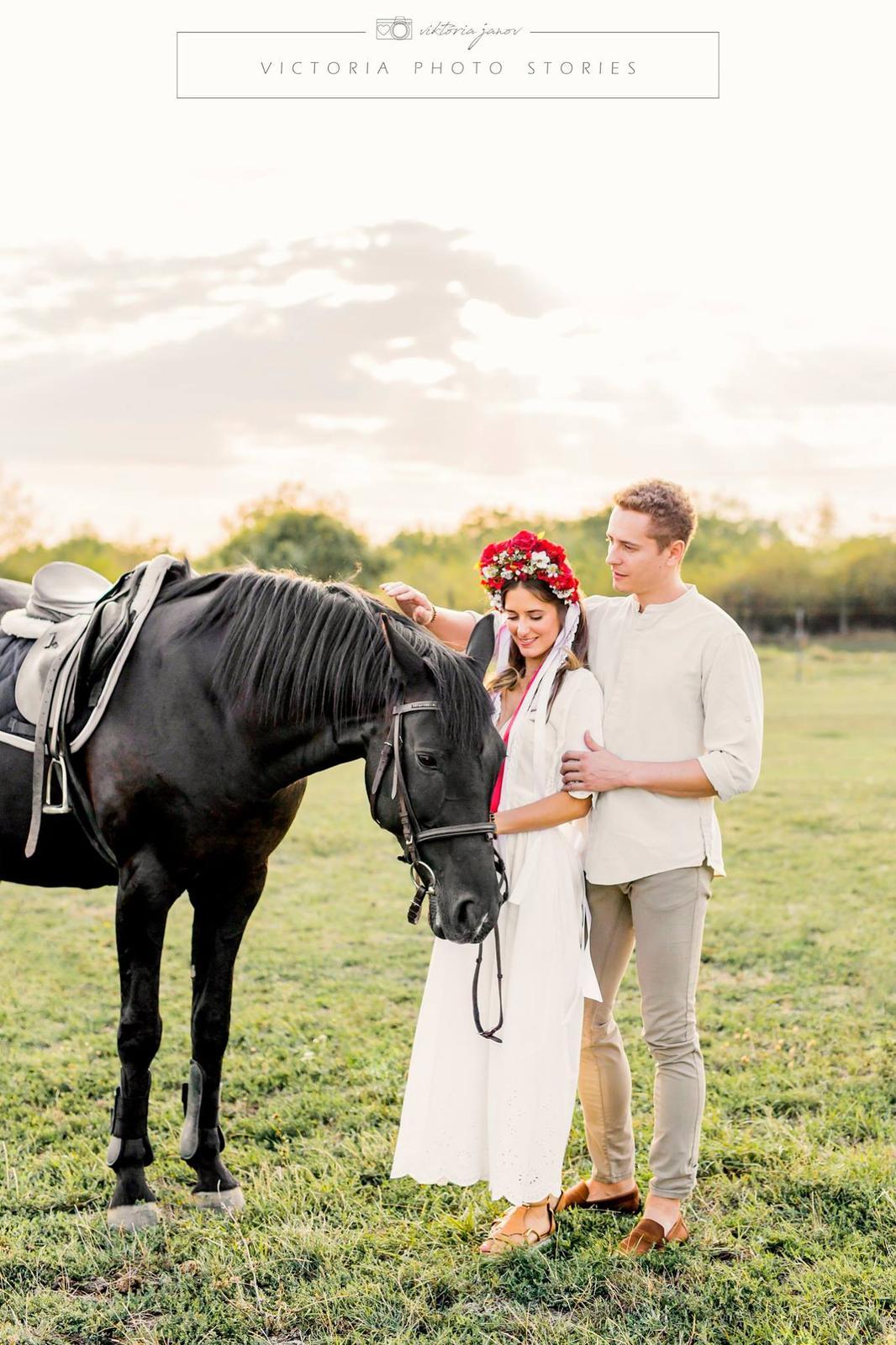Predsvadobné fotenie s koníkmi  :) - Obrázok č. 4
