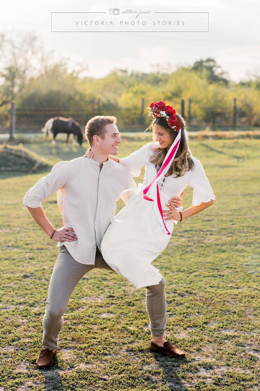 Predsvadobné fotenie s koníkmi  :) - Obrázok č. 6