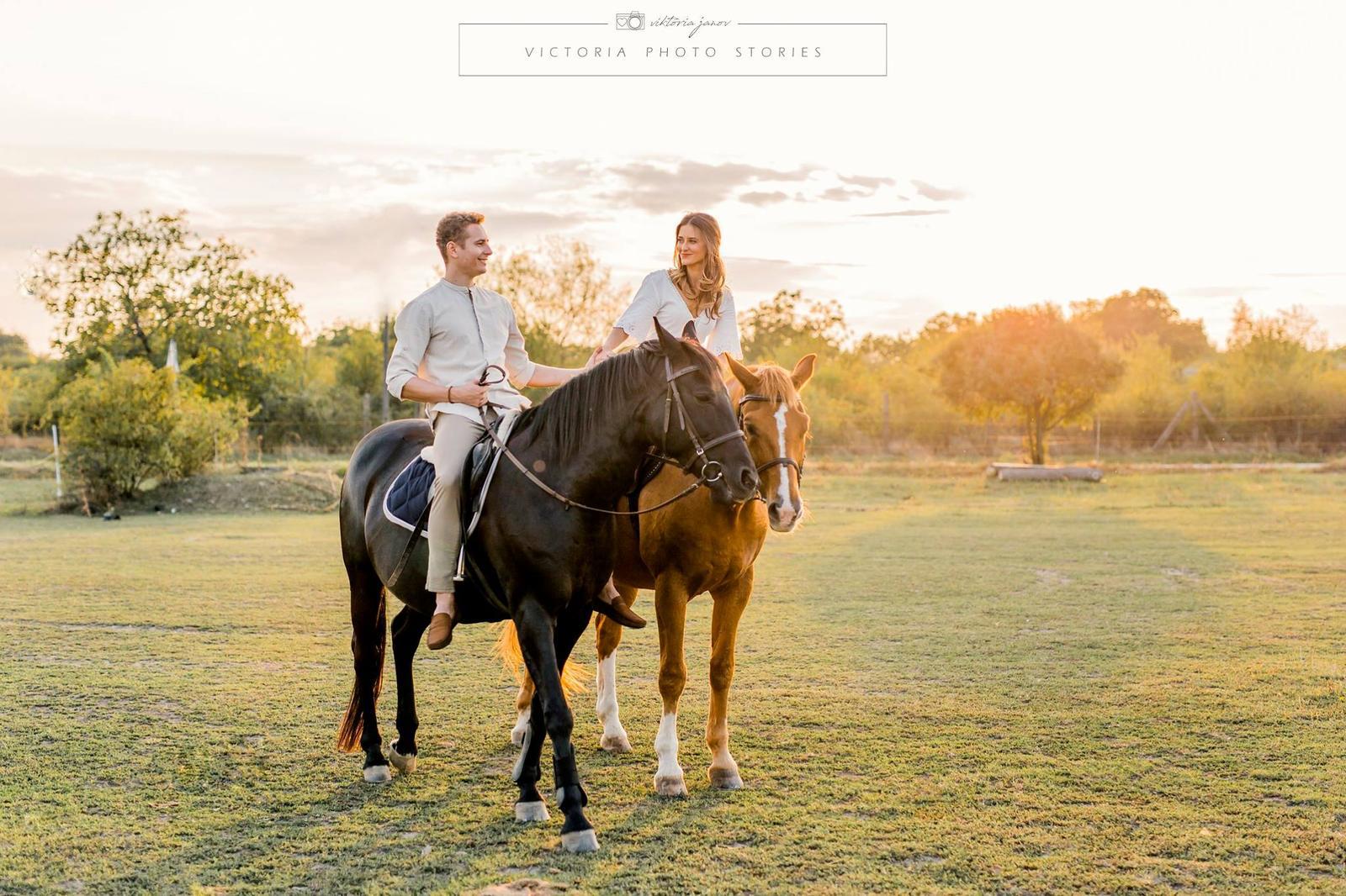 Predsvadobné fotenie s koníkmi  :) - Obrázok č. 11
