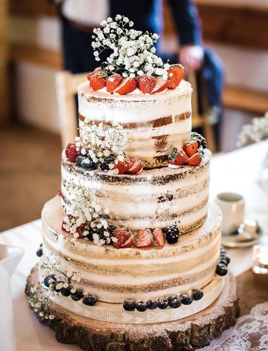 Čo už máme 7.5.2021 - štýl svadobnej torty
