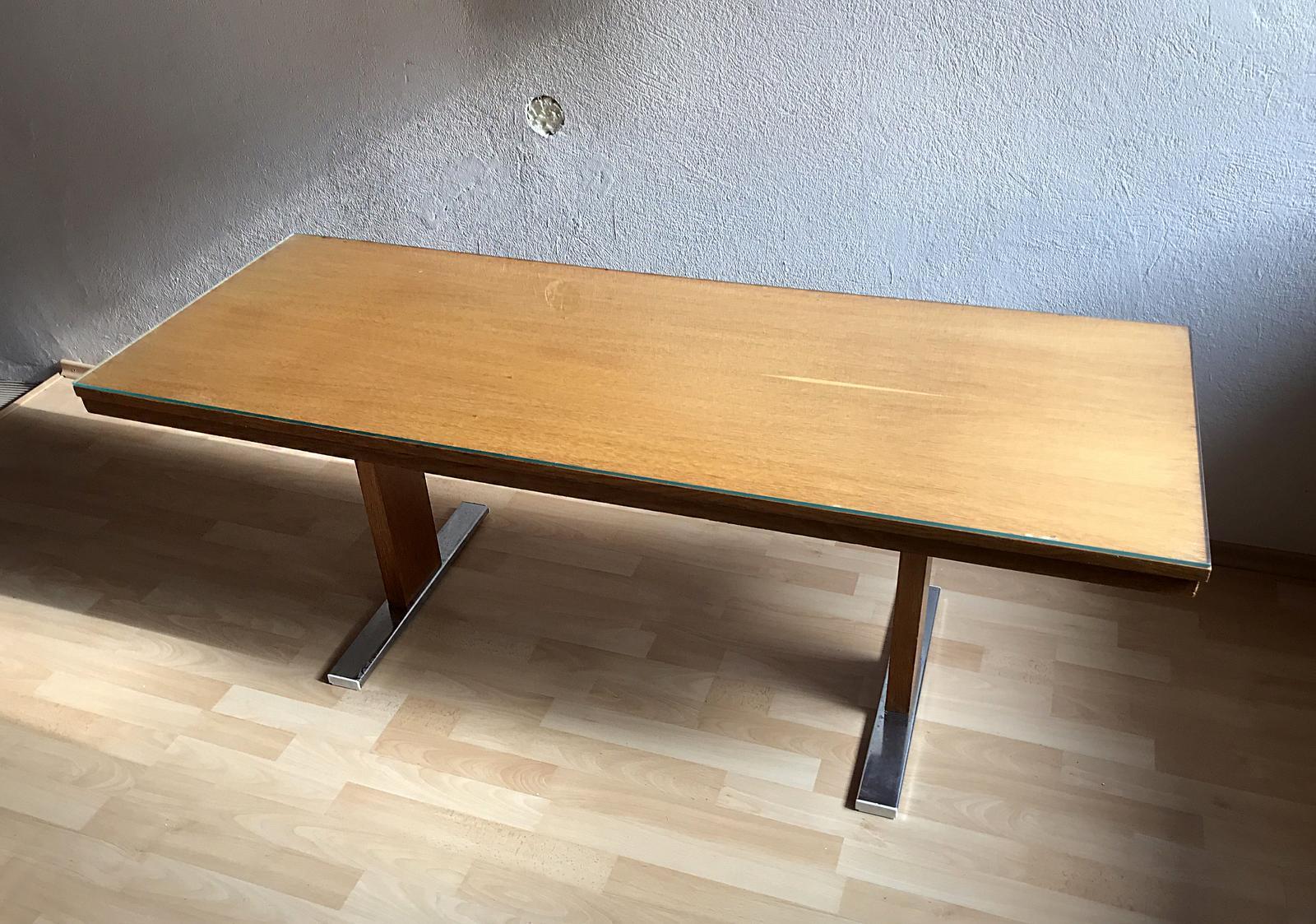 Predám retro drevený konferenčný stolík so sklom - Obrázok č. 1
