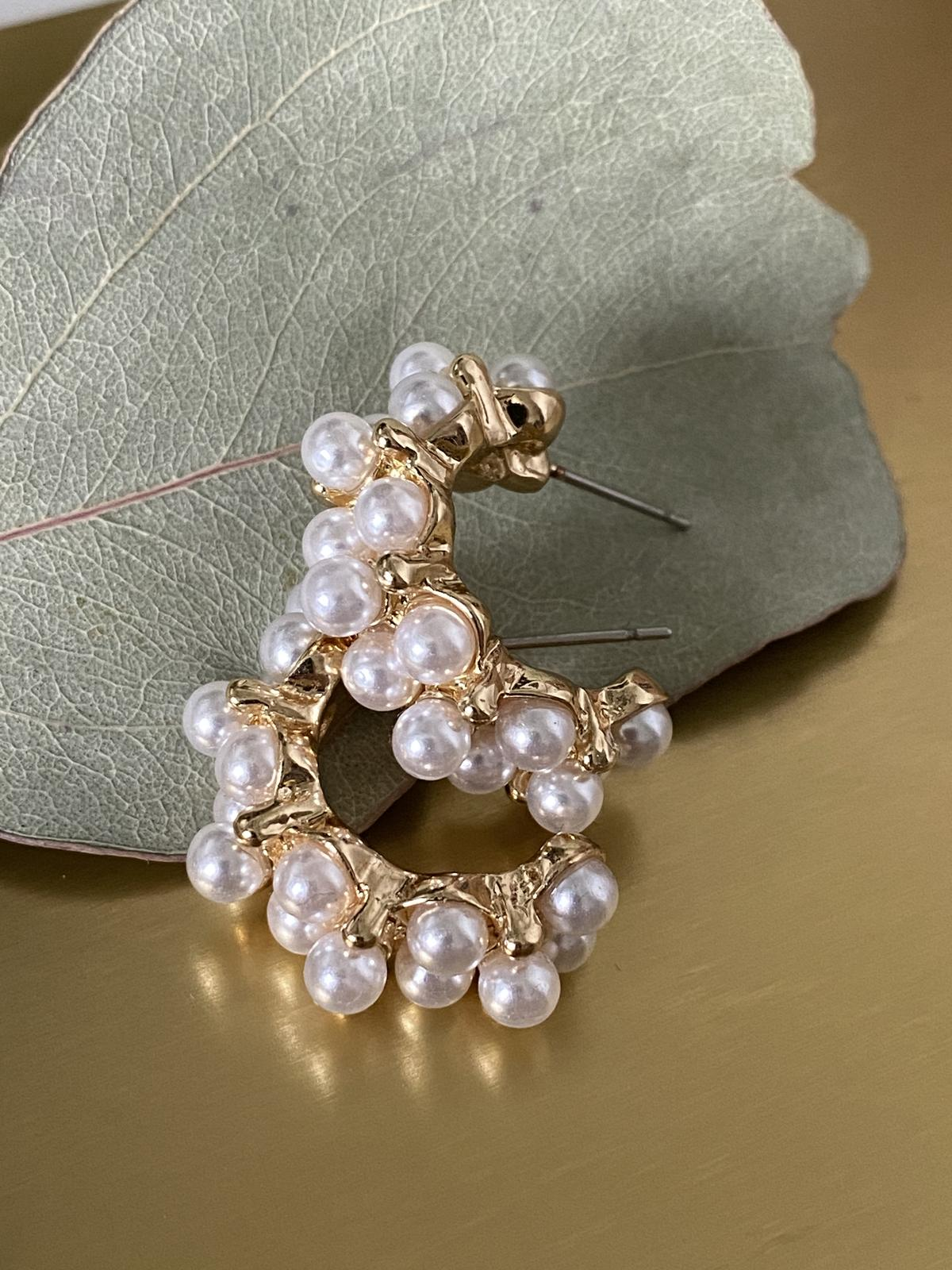 Náušnice s perličkami – bižuterie - Obrázek č. 1