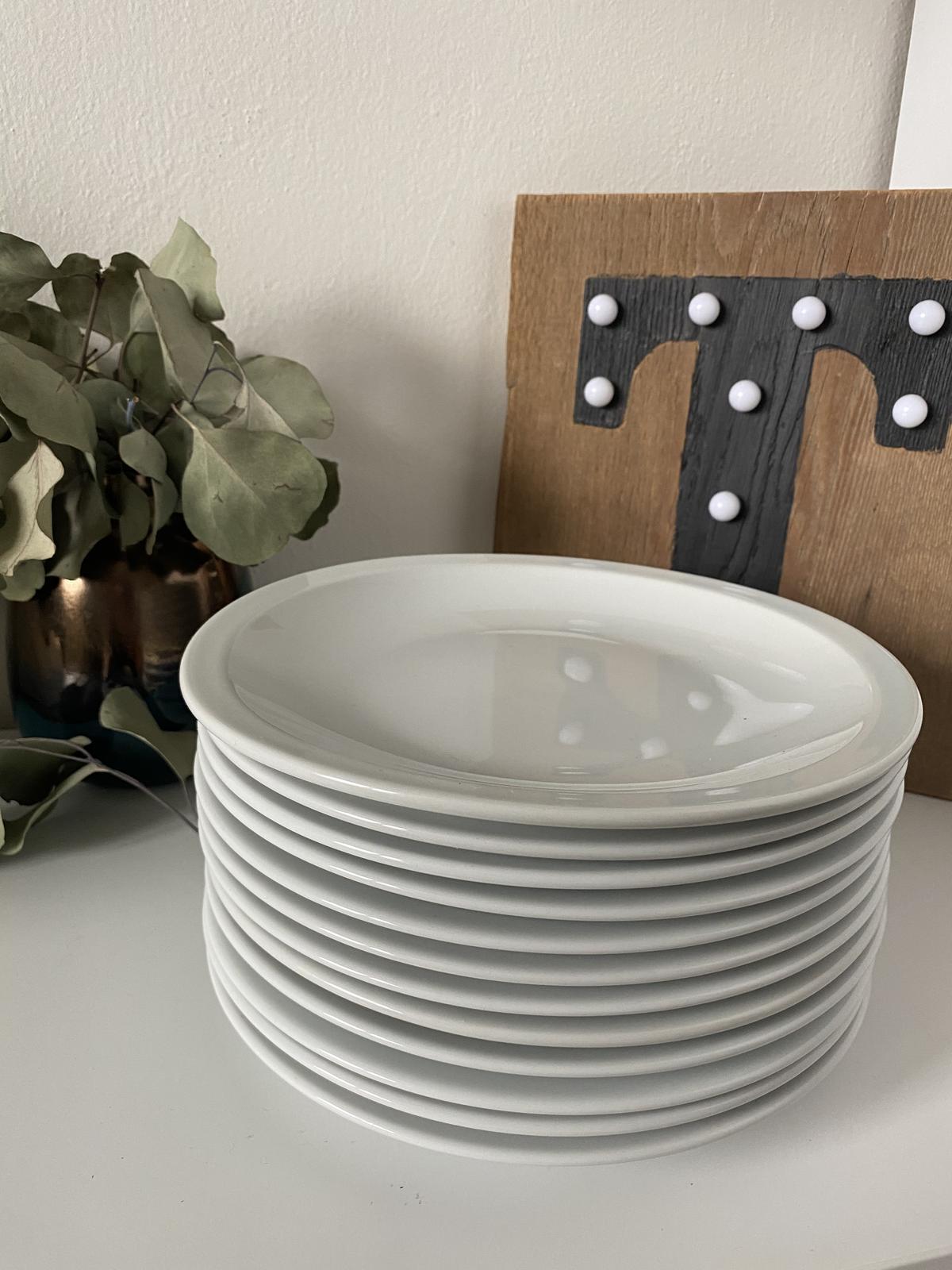 12 ks mělkých talířů - Obrázek č. 1