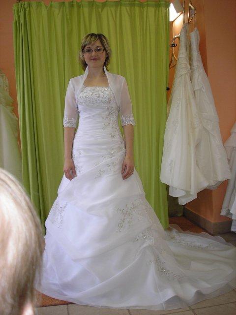 9.10.2010 - Mori Lee-moje vysnívané s bolerokom..