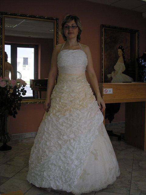 9.10.2010 - vyzerala som ako torta