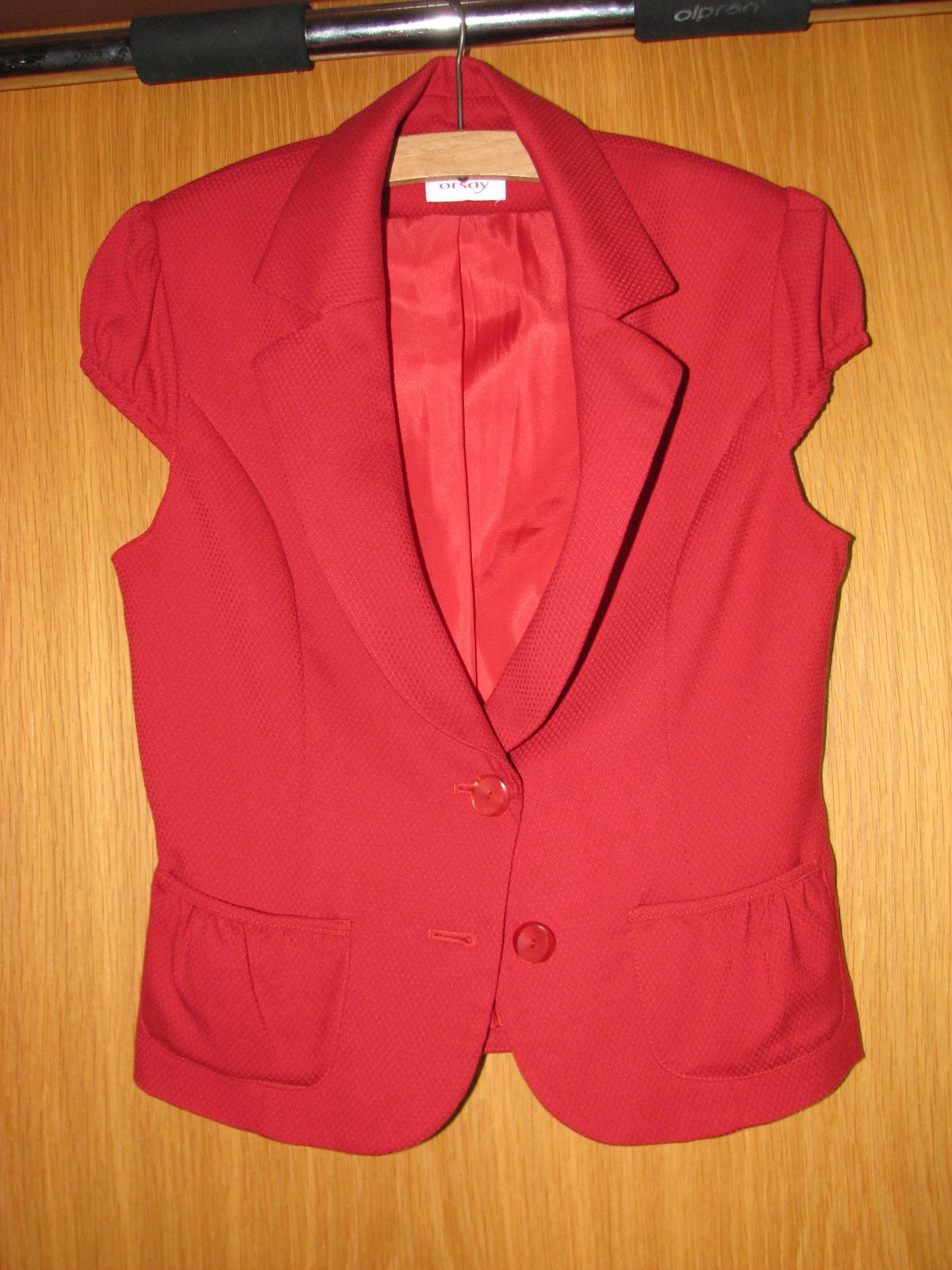 Červené sako s krátkými rukávy - Obrázek č. 1