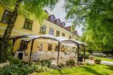 Foto: http://kalman.eu. Priestory, catering, candy bar, výslužky, výzdoba, ubytovanie: www.castel.sk