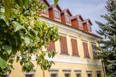 Foto: www.kalman.eu. Priestory, catering, candy bar, výzdoba, ubytovanie, výslužky, svadobná torta: www.castel.sk
