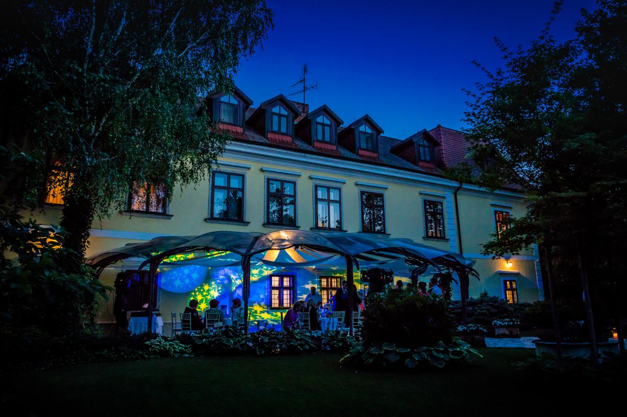 Castel Pension & Restaurant - www.castel.sk