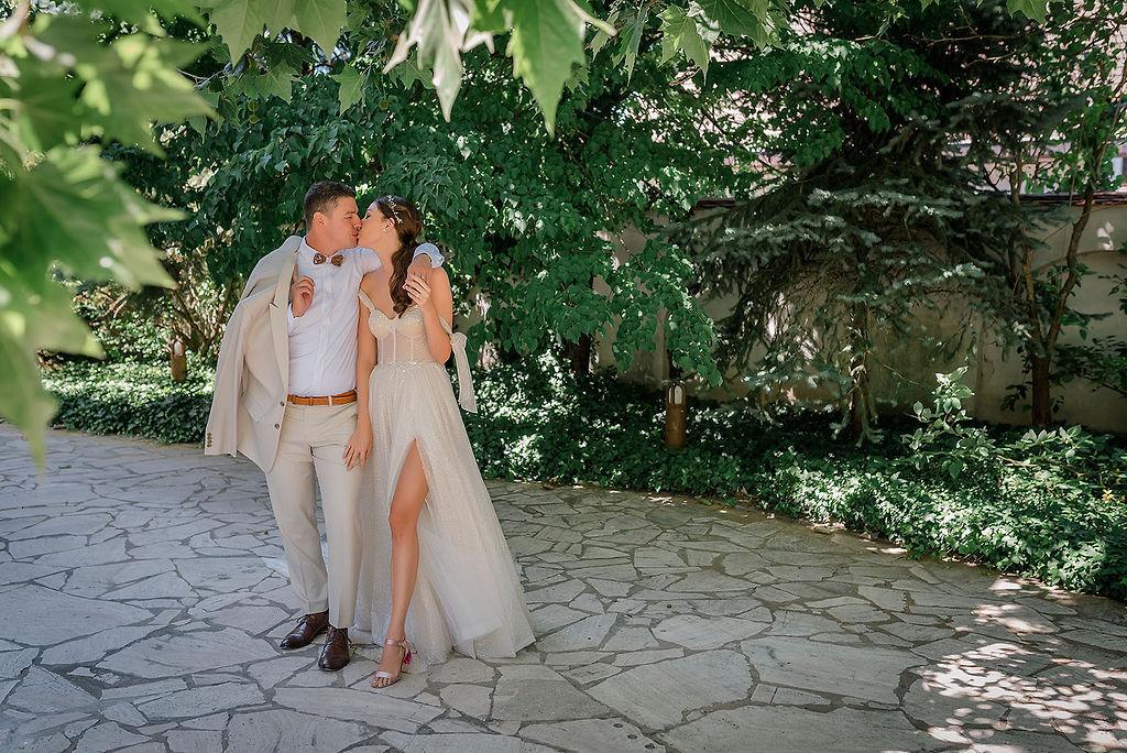 Nedeľný svadobný brunch na letnej teraske