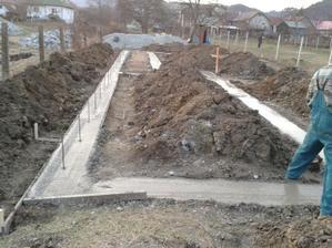 28.03. 2012 - ešte napicháme roxory a betón môže spinkať