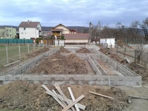 29.03. 2012 - náš hrad pomaly rastie juchuchú