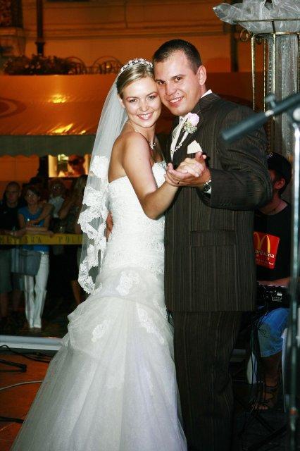 G{{_AND_}}V - mladomanželský tanec
