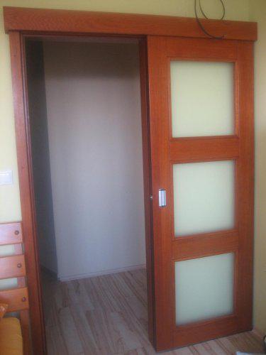 Zasúvacie dvere v spálni