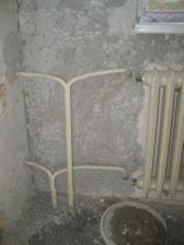 subezne prebiehala vymena radiatorov