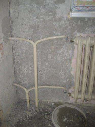 Konecne vlastny bytik (Košice) - rekonštrukcia - subezne prebiehala vymena radiatorov