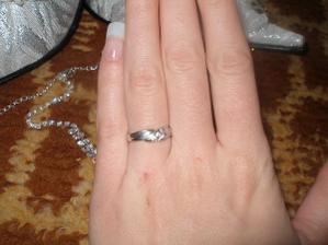 ...zásnubný prstienok,ktorým to všetko začalo...presne 22.júla 2006...