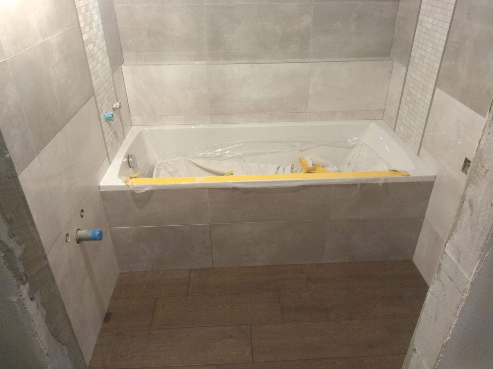 Prerábka panelákovej kúpelne a wc - Santech One 160x72,5 obdĺžniková nízka vaňa