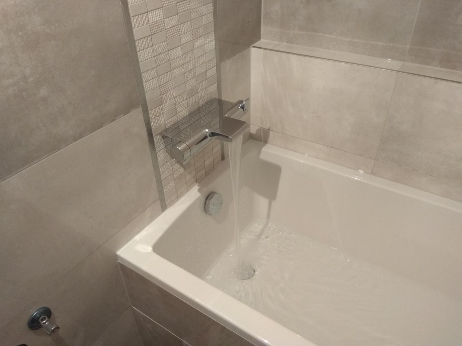 Prerábka panelákovej kúpelne a wc - GROHE Grohtherm 2000 Termostatická vaňová batéria