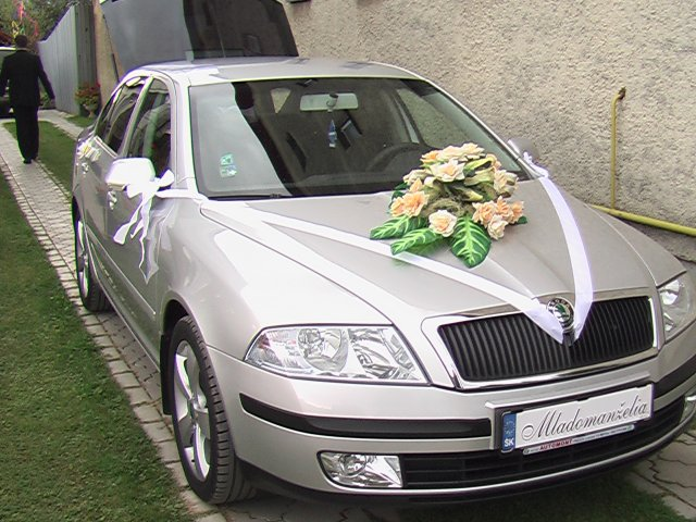 Júlia{{_AND_}}Marek - naše svadobné auto