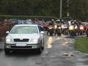 svadobný sprievod,kamaráti motorkári