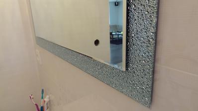 Detail zrkadla