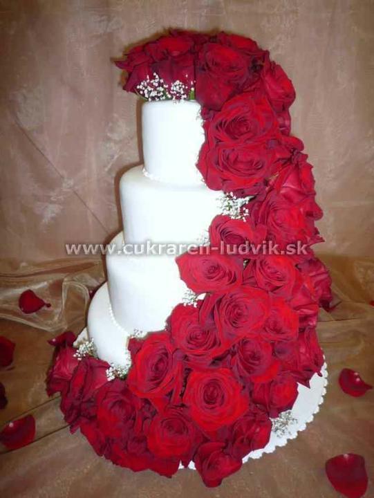 Naše prípravy.... - nasa 2.svadobna torticka